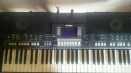 Teclado Yamaha PSR_550