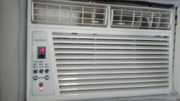 Ar-condicionado com controle