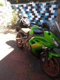 Moto Kawasaki Ninja 650 - 2013