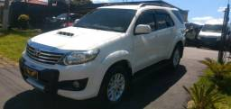 Hilux sw4 7 2012 lugares 5 marchas - 2012