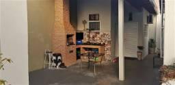 Vende-se Belíssima Casa no Jardim Pagani - 252,60 m² - R$ 340.000,00