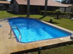 Piscineiro (limpeza e tratamento de piscinas )