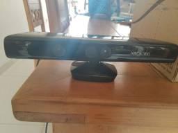 Kinect de Xbox 360 usado em estado de novo