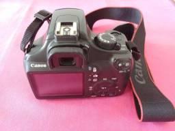 Canon EOS 1100D + 18-55mm