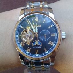 Relógio Automático Haiqin Com Fases da Lua e Indicador 24h