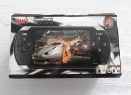 VIDEO GAME PORTÁTIL EONY MP5 C\ CAMERA + 5.000 JOGOS - A7288<br><br>