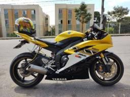 Yamaha YZF R6 - 600