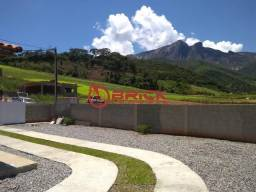 Casa linear de 2 quartos em meio a natureza em Bonsucesso, Teresópolis/RJ