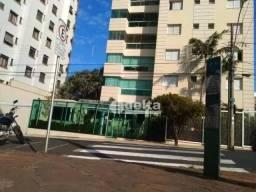 Título do anúncio: Apartamento com 3 dormitórios à venda, 200 m² por R$ 950.000,00 - Fundinho - Uberlândia/MG