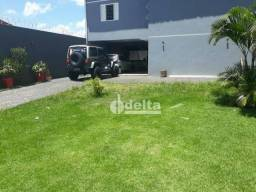 Casa com 3 dormitórios à venda, 131 m² por R$ 700.000,00 - Tubalina - Uberlândia/MG