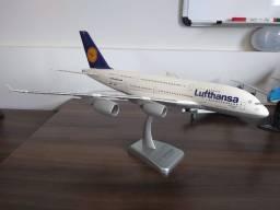Miniatura de Avião 1:200 Airbus A380-800 Lufthansa