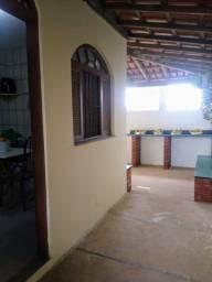 Título do anúncio: Casa duplex a 150m da praia, com 04 quartos em Marataízes , ES.