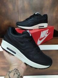 Título do anúncio: Tênis Nike Air Max 1 (L.A) - 179,99