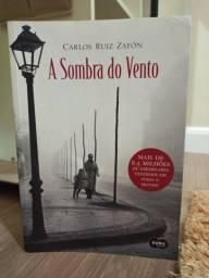 """Livro """"A Sombra do Vento"""""""