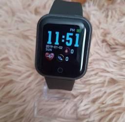 Smartwatch modelos variados