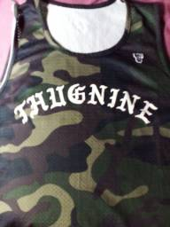 Título do anúncio: Camiza thug nine so usei 1 vez tamanho GG 90 reaia