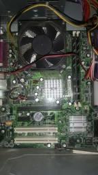 Gabinete + CPU + Peças