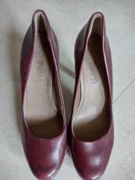 Título do anúncio: Vendo sapato de salto alto