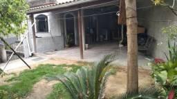 Título do anúncio: Alugo casa com quintal Santa Bárbara-Niterói