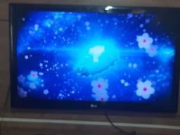 """Título do anúncio: TV LG  42 """" Full HD"""
