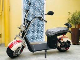 Título do anúncio: Linda bike/scooter elétrica