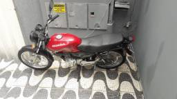 Título do anúncio: Moto titan 125 cc