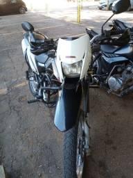 Título do anúncio: Bros 150 vendo ou troco moto top de linha