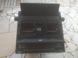 Título do anúncio: Máquina de escrever antiga