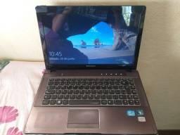 *detalhe estético*Notebook Lenovo i3, 1 Tera de HD , 4GB RAM