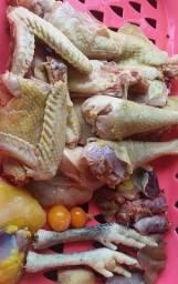 Título do anúncio: Galinha e frangos abatidos na hora