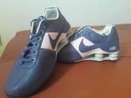 Tênis Nike shox original tamanho 37, cor roxo