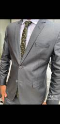 Quer ficar elegante isso é possível dentro de um terno slim corte italiano .