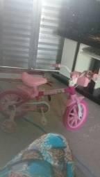 Bicicleta e pula pula