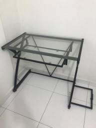 Mesa para Computador (metal e vidro)