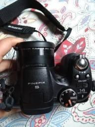 Vende-se câmera semi profissional