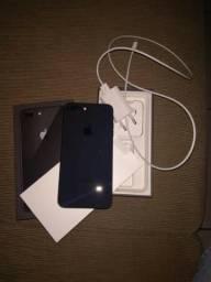 Iphone 8 Plus 64GB - um mês de uso com garantia
