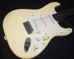 Guitarras Squier by Fender - NOVA na caixa!