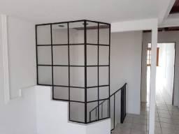 690 reais - Sala Comercial Duplex. Cobertura. Aceita Caução