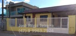 Casa p/ 6 a 8 pessoas - Bombinhas-SC