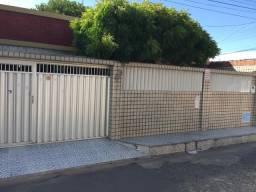 Casa Conjunto Nova Assunção, 4 quartos, 4 vagas de garagens