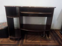 Vendo mesa de madeira para computador/estudos