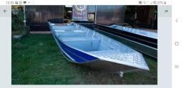 Barco de Alumínio de  6mts e Borda Alta
