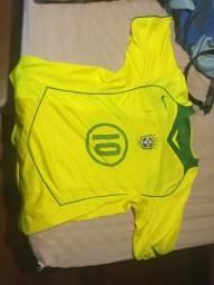 Camisa da seleção brasileira autografada