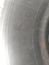 Pneus zeros 8.25 r15 Michelin