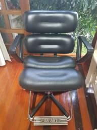 Cadeira cabelereiro feminina hidráulica Ferrante