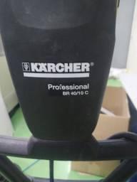 Lavadora e Secadora de Piso Industrial Karcher BR40/10 ADV