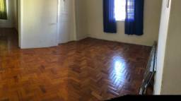 Título do anúncio: Vende se apartamento no Centro de Barbacena 340 mil contato *