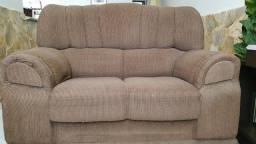 Conjunto de sofá bom estado. 2 E 3 lugares