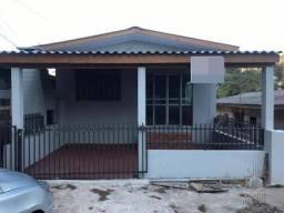 Casa com 2 dormitórios para alugar por R$ 1.200,00/mês - Centro - Foz do Iguaçu/PR