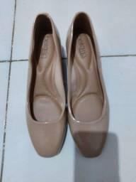Título do anúncio: Sapato Beira Rio Novo 38 na Caixa